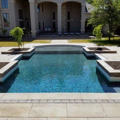 Construction de piscine en béton projeté, résidentiel ou commercial